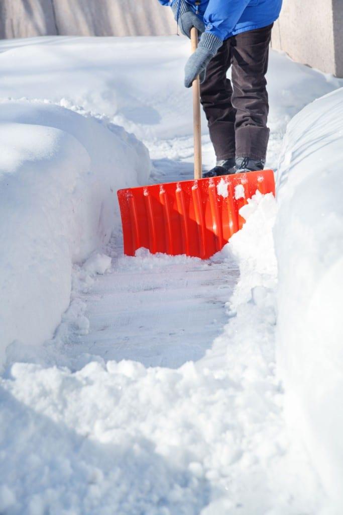 Vi tar hand om snöskottningen när du är på semester!